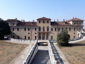 Villa-della-Regina-retro