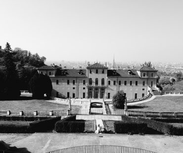 Villa della Regina panorama bianco e nero
