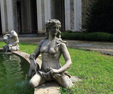 statua Villa della Regina